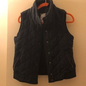 Aeropostale Thick Cotton Blend Quilt Vest- Medium